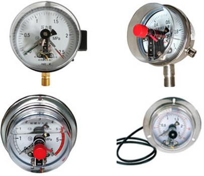 Đồng hồ áp suất chân sau 3 kim, có dầu