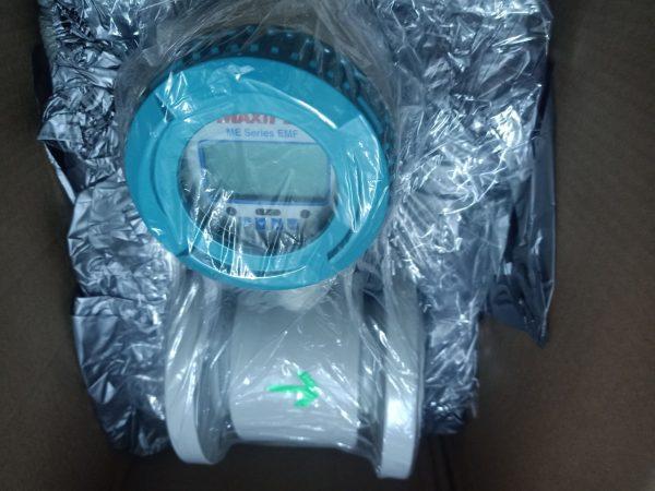 Đồng hồ đo lưu lượng nước điện tử Maxiflo - Hàn Quốc