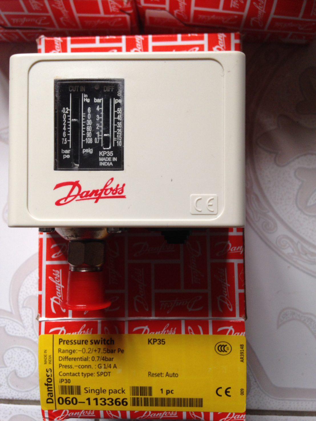 Relay áp suất Danfoss KP35