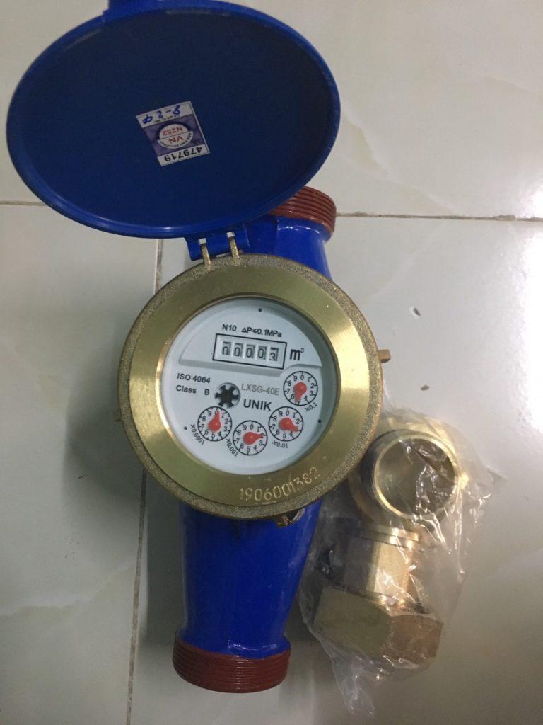 Đồng hồ nước UNIK DN40 lắp ren, đã kiểm định, hàng chín hãng