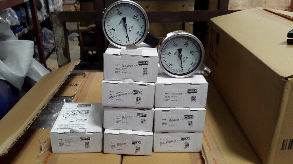 Đồng hồ đo áp suất wika sử dụng cho hệ thống nước