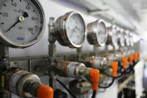 lắp đặt đồng hồ đo áp suất WIKA cho hệ thống nhà máy